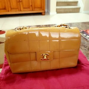 Chocolate bar chanel bag crossbody goldish color